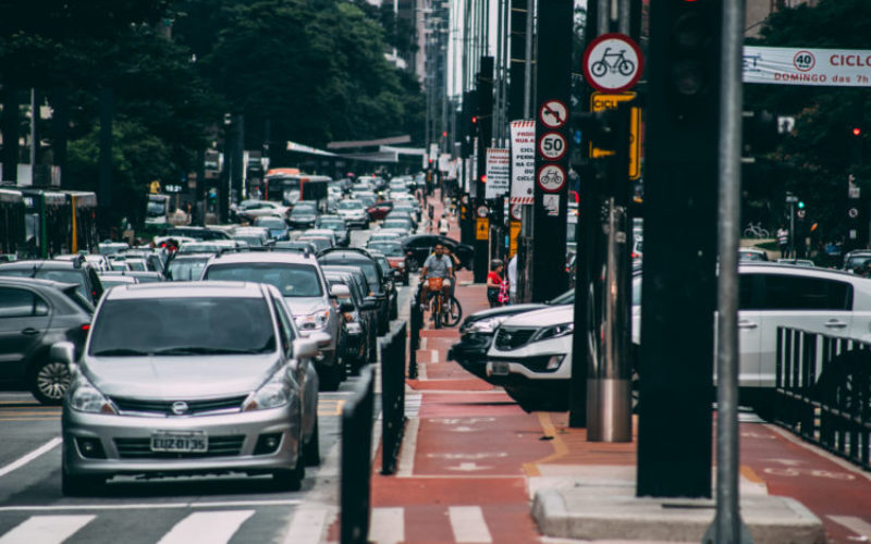 Die Angst des Velofahrers vor dem Autoverkehr