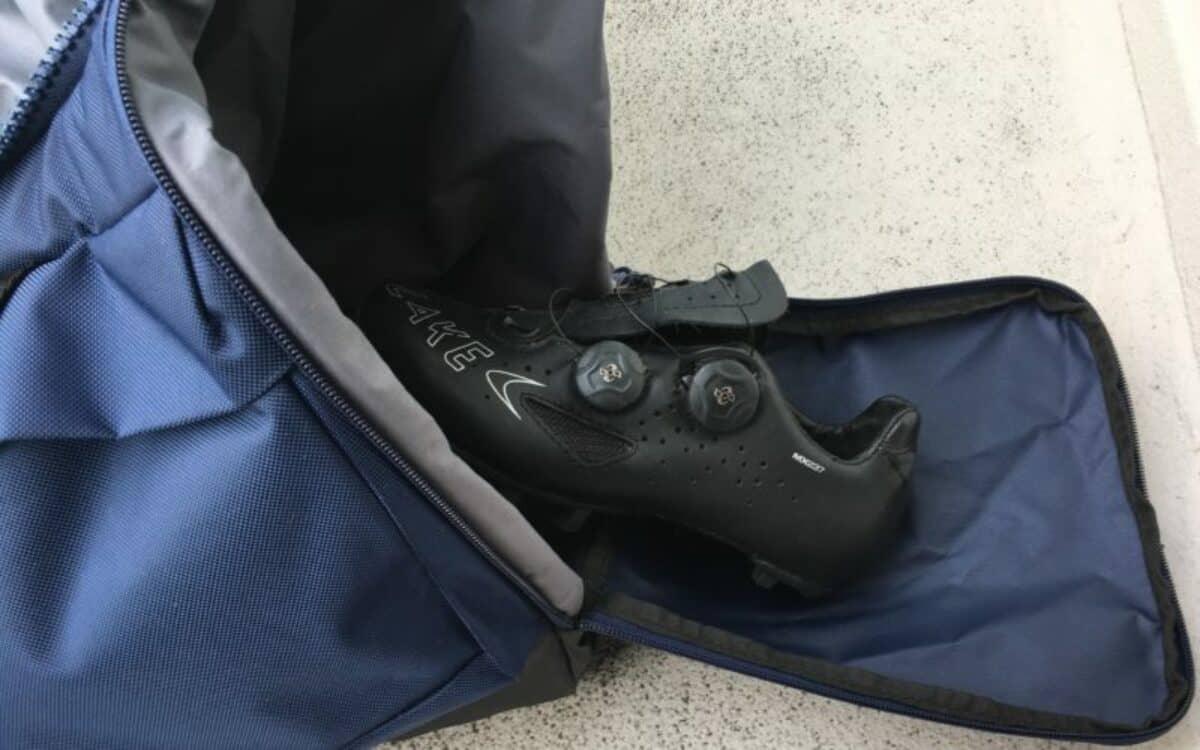 Clevere Sporttasche Schuhfach